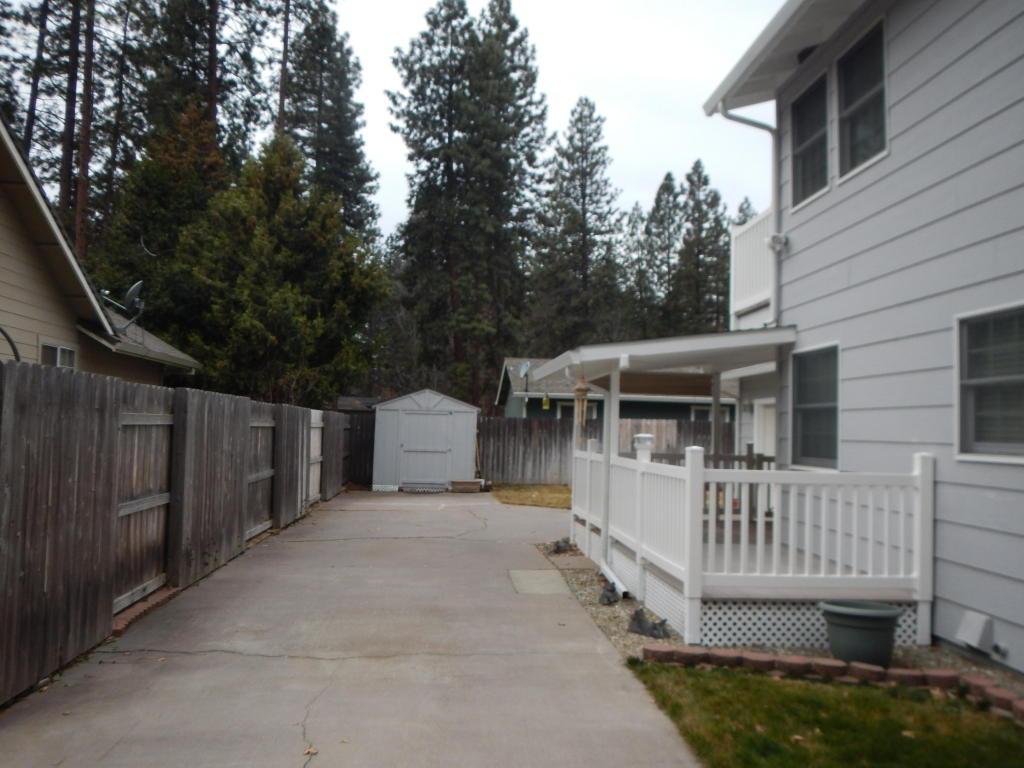 20480 Tall Timber St, Burney, CA 96013