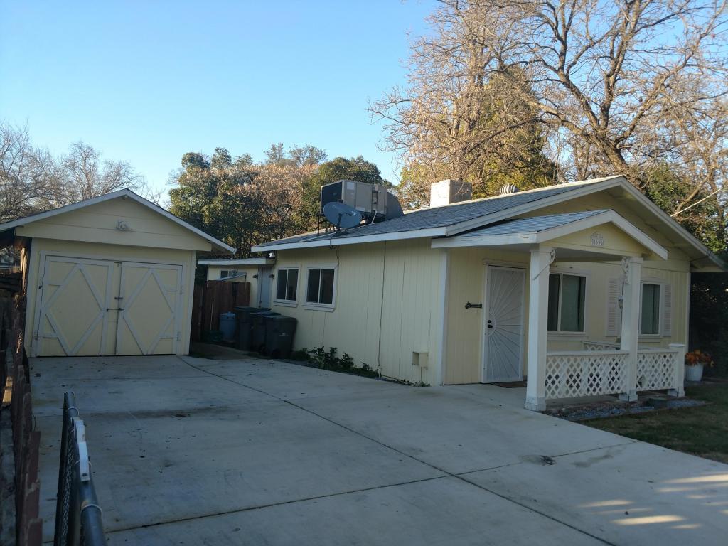 1696 North St, Anderson, CA 96007