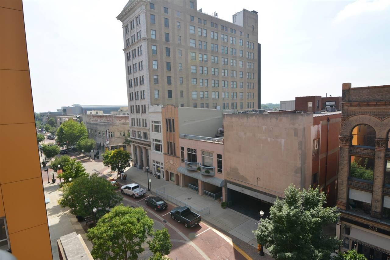 300 Main Street, Evansville, IN 47708