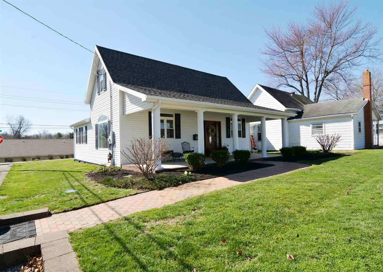 424 E Moore Street, Boonville, IN 47601