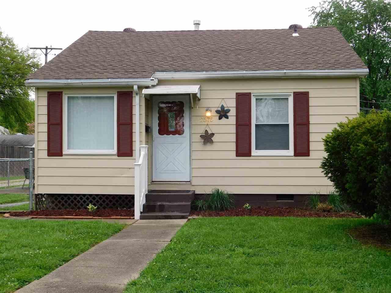 2575 N Longworth Court, Evansville, IN 47711