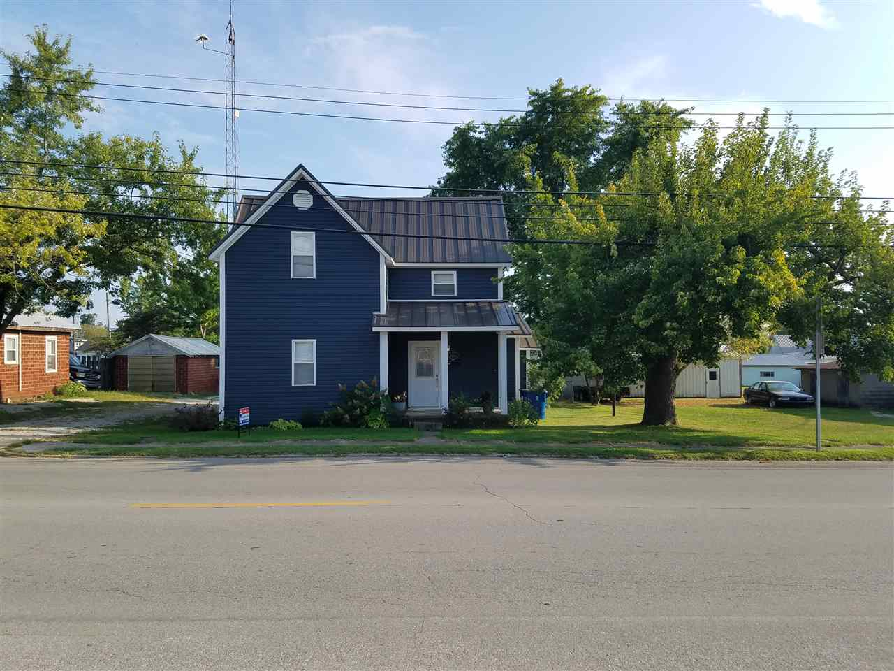 405 W Elnora Street, Odon, IN 47562