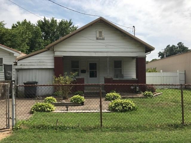 725 Sweetser Avenue, Evansville, IN 47713