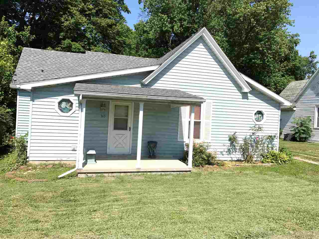 313 S 8th Street, Boonville, IN 47601