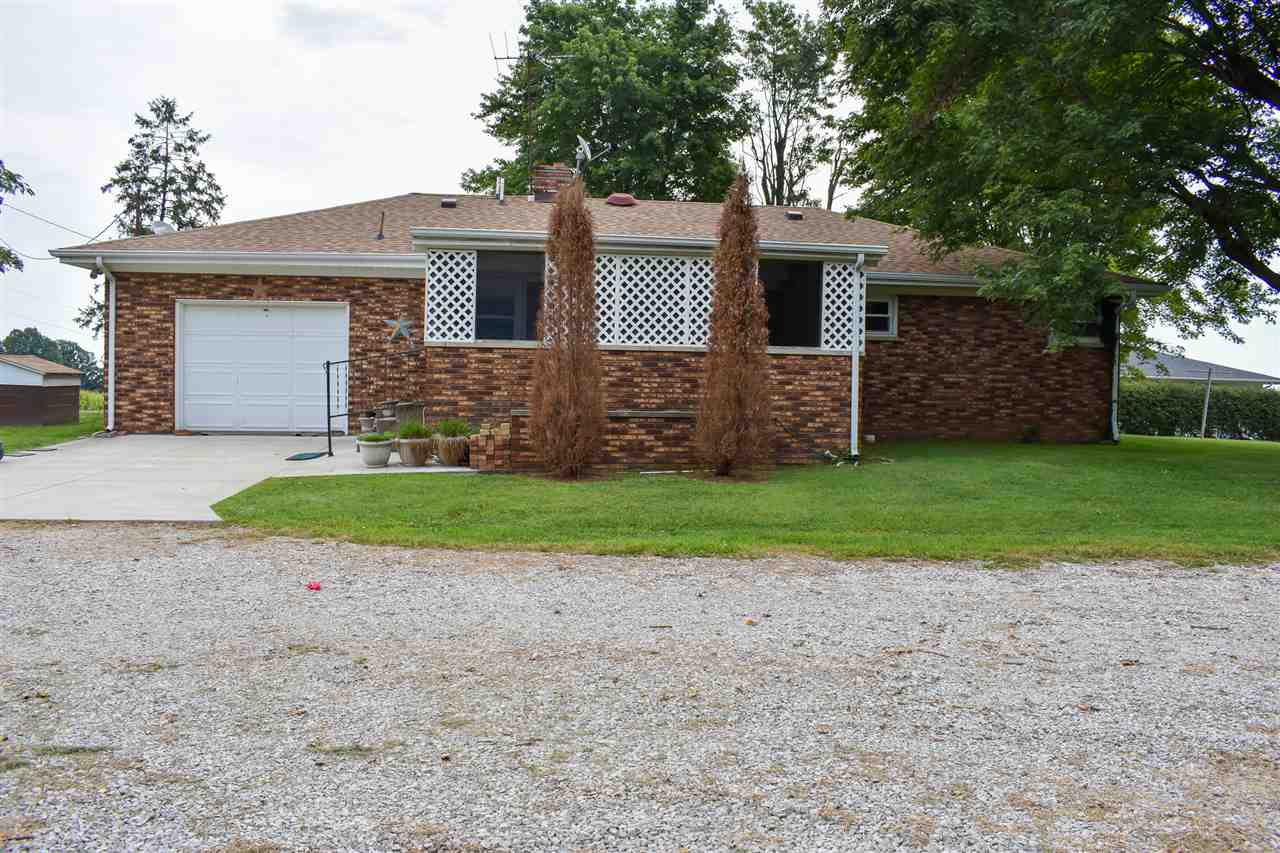 205 W 600 S, Fort Branch, IN 47648