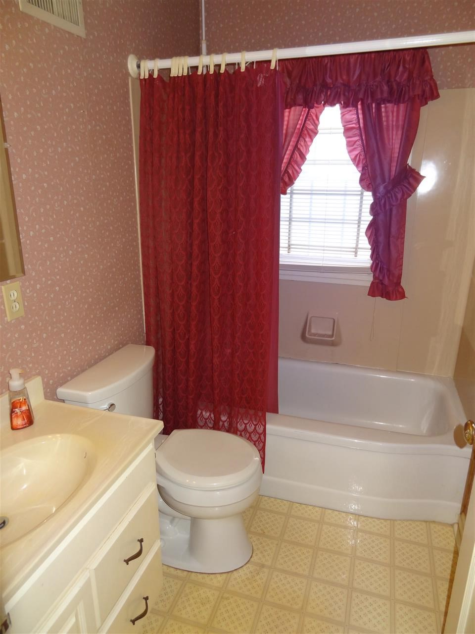2817 E Sycamore Street, Evansville, IN 47714