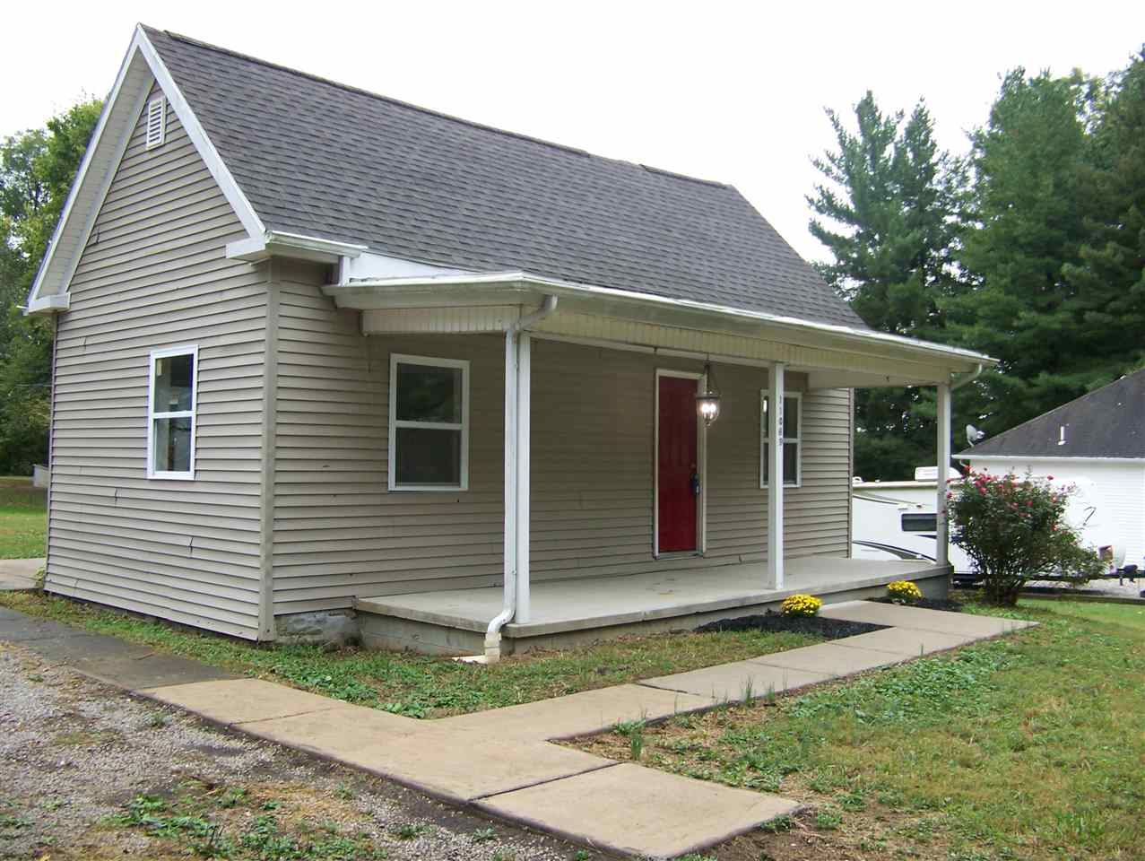 11069 Oak Street, Cynthiana, IN 47612