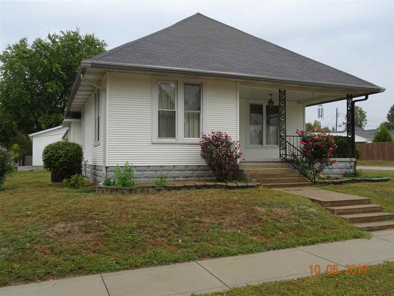 604 W 5th Street, Bicknell, IN 47512