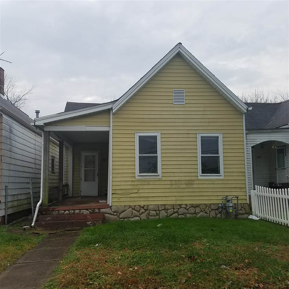 202 W Louisiana Street, Evansville, IN 47710