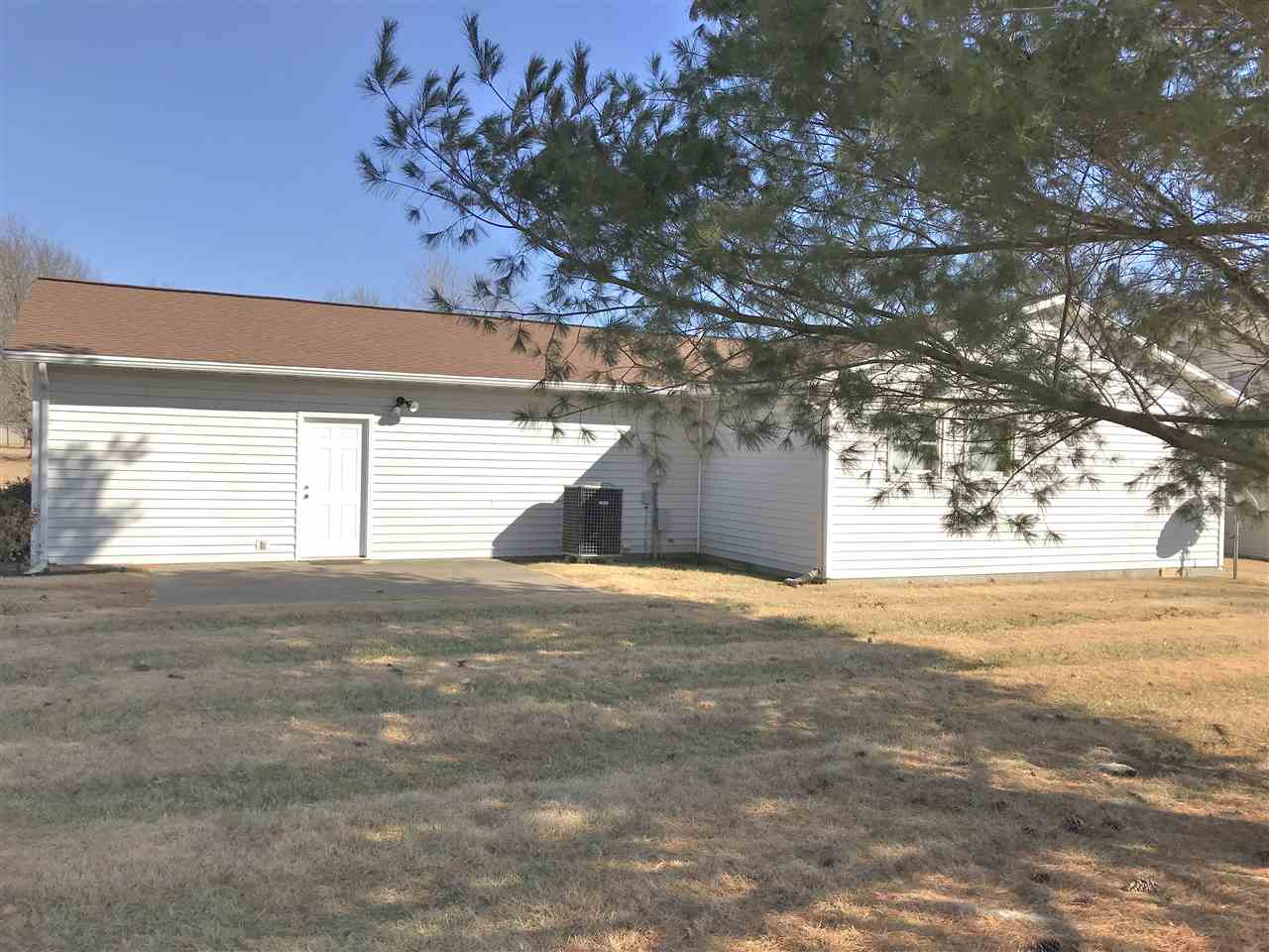 139 Daleview Drive, Vincennes, IN 47591