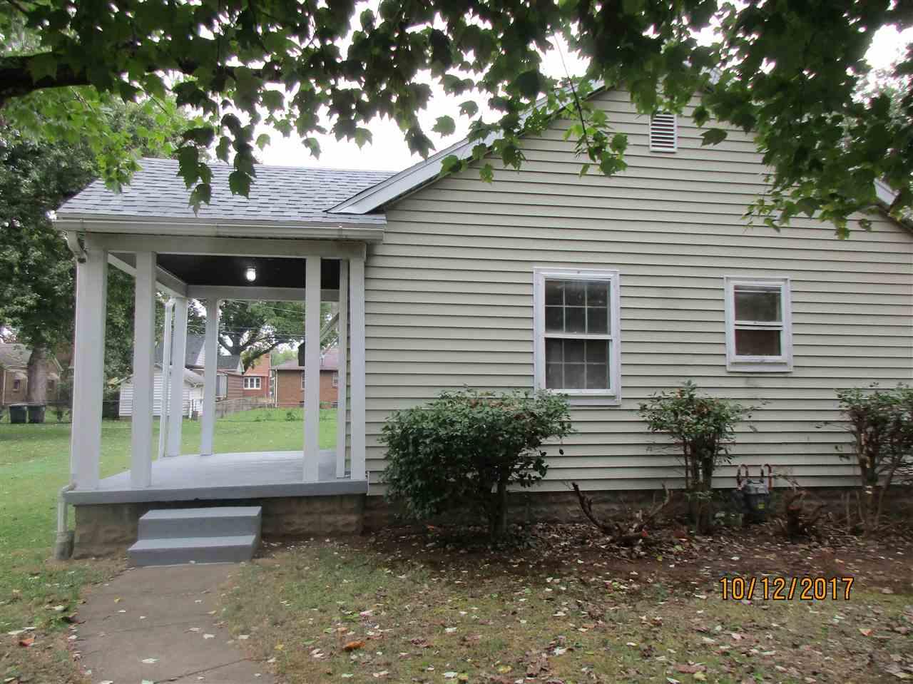 1112 E Chandler Avenue, Evansville, IN 47714