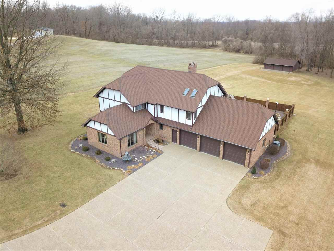 2132 S White Church Road, Princeton, IN 47670