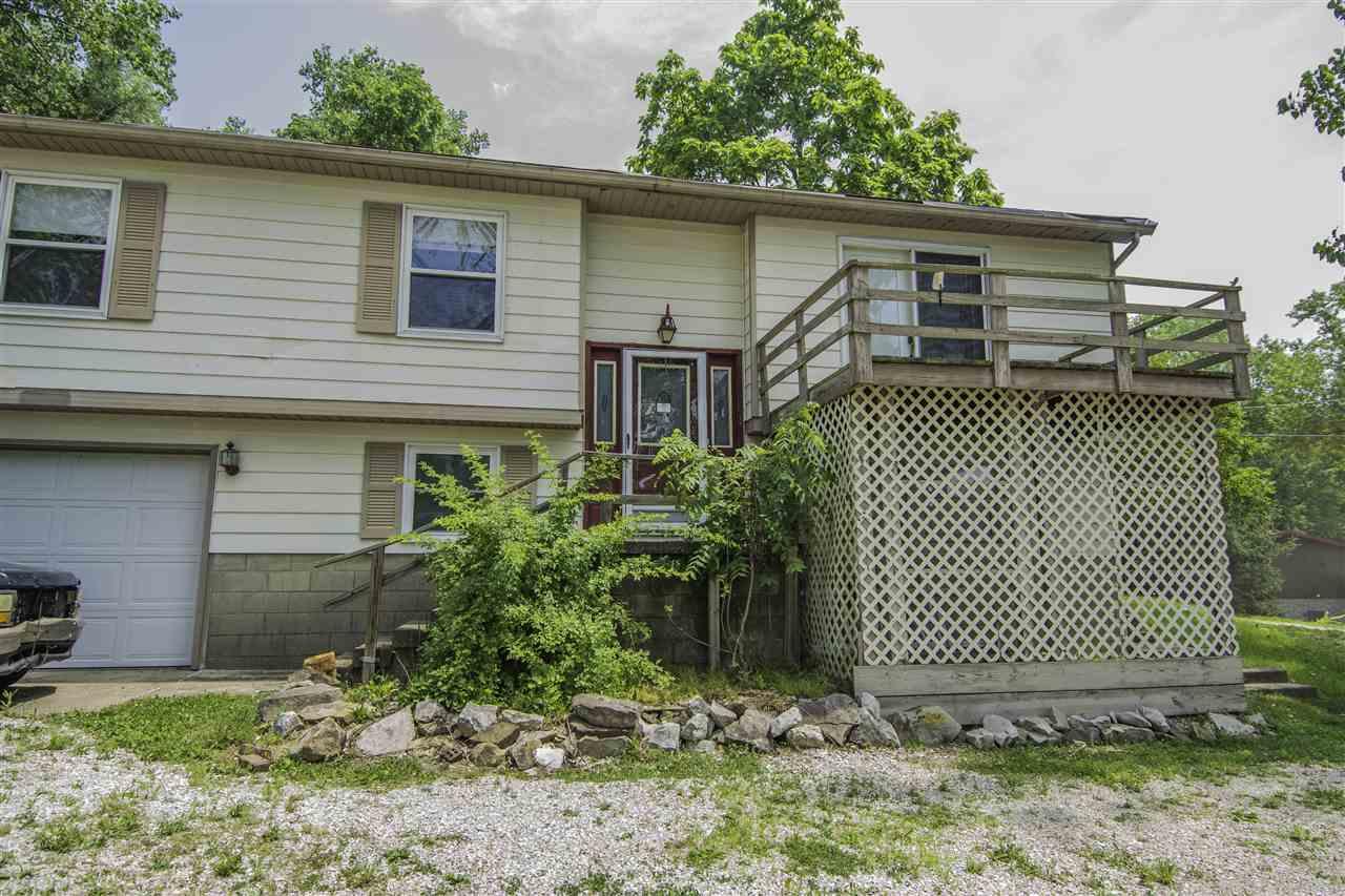 10149 N Pine Bluff Drive, Bicknell, IN 47512
