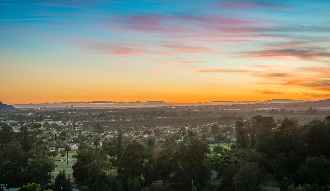566 Glade Drive, Santa Paula, CA 93060