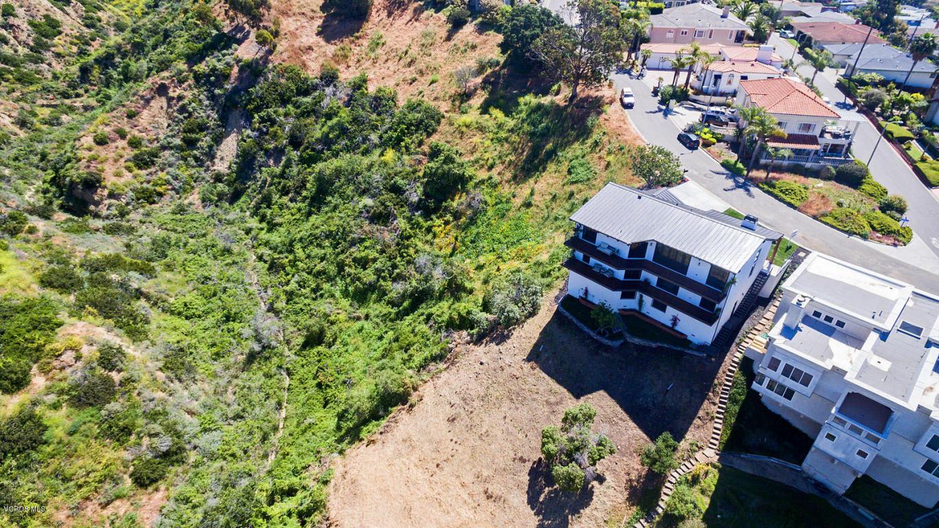 487 Lincoln Drive, Ventura, CA 93001