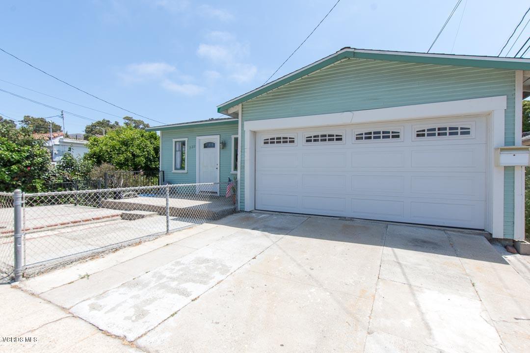 330 Hurst Avenue, Ventura, CA 93001