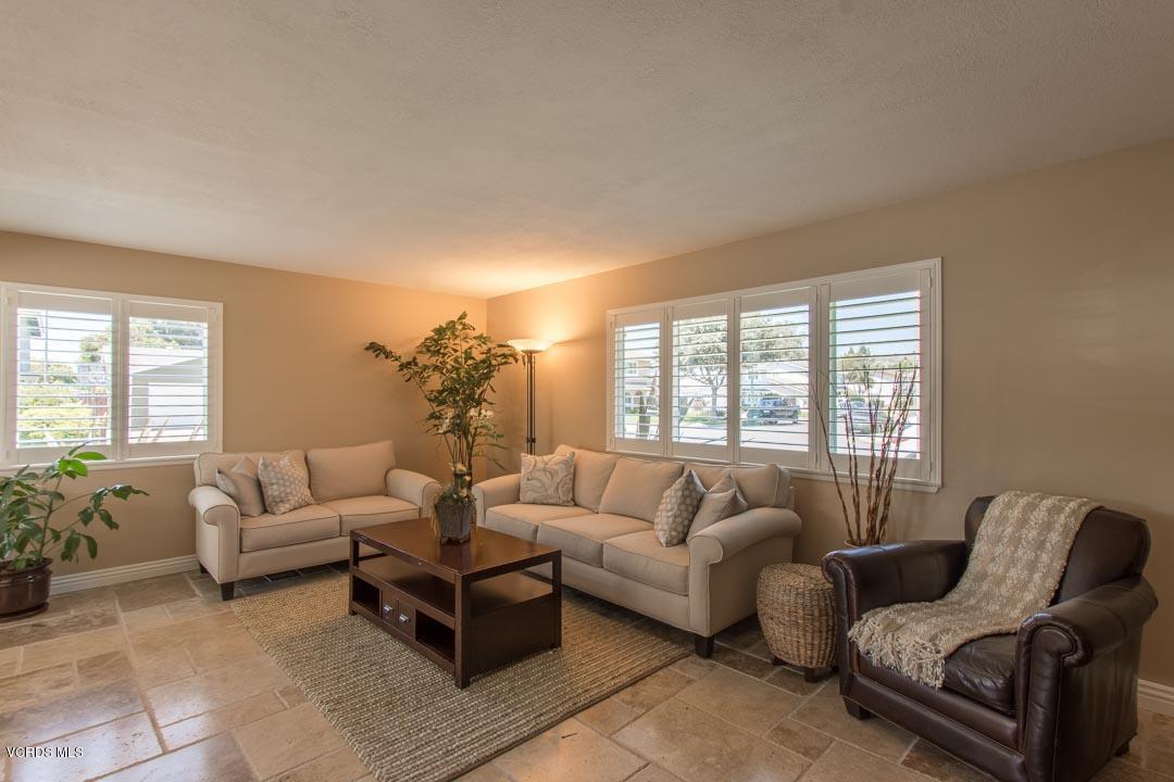 1550 Habra Court, Camarillo, CA 93010