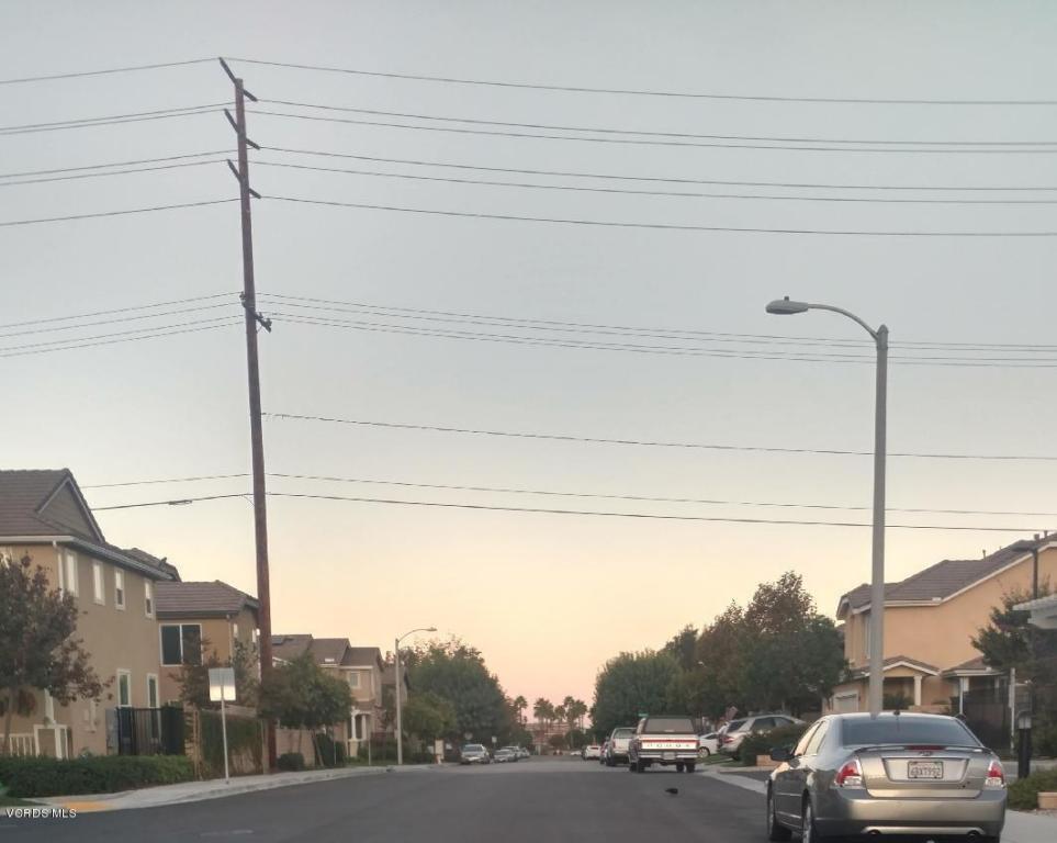 20 Fremont Avenue, Moorpark, CA 93021