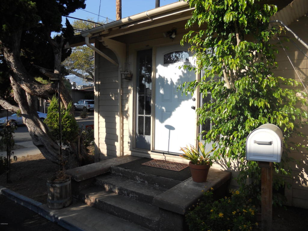15 W Valerio Street, Santa Barbara, CA 93101