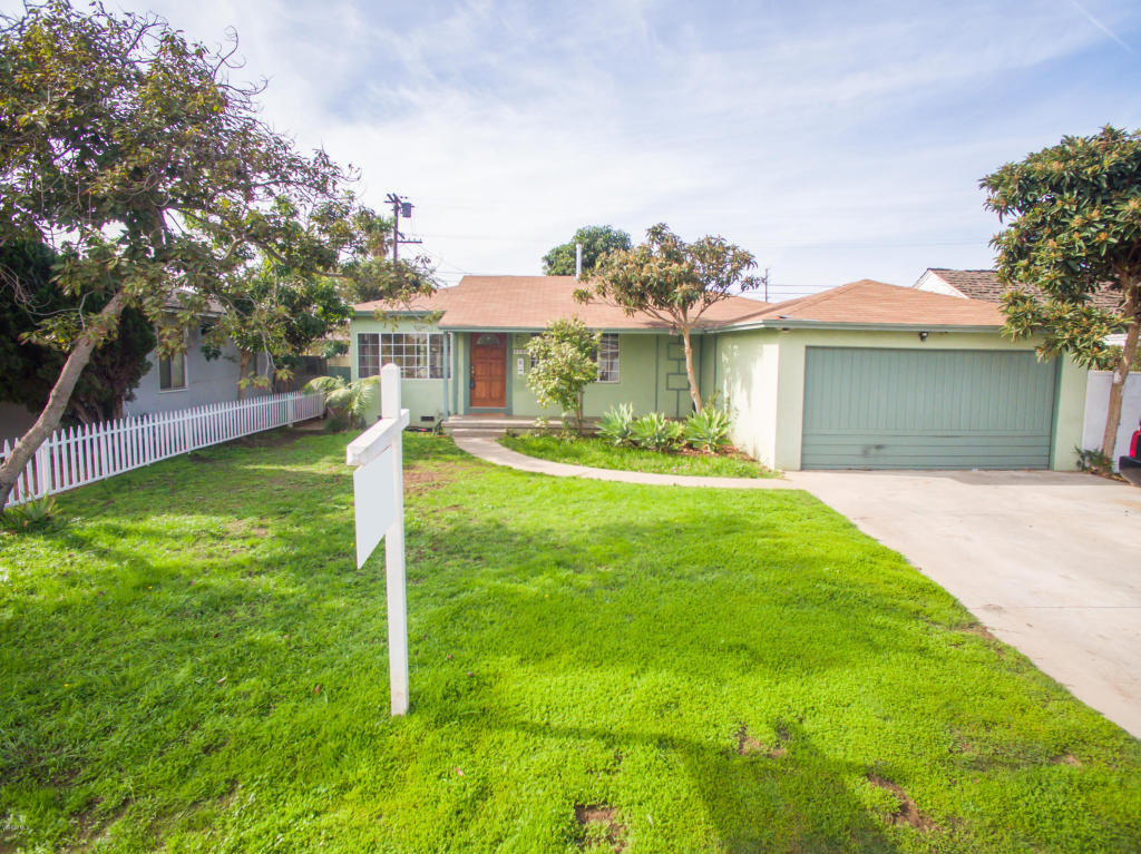 8501 Belford Avenue, Los Angeles, CA 90045