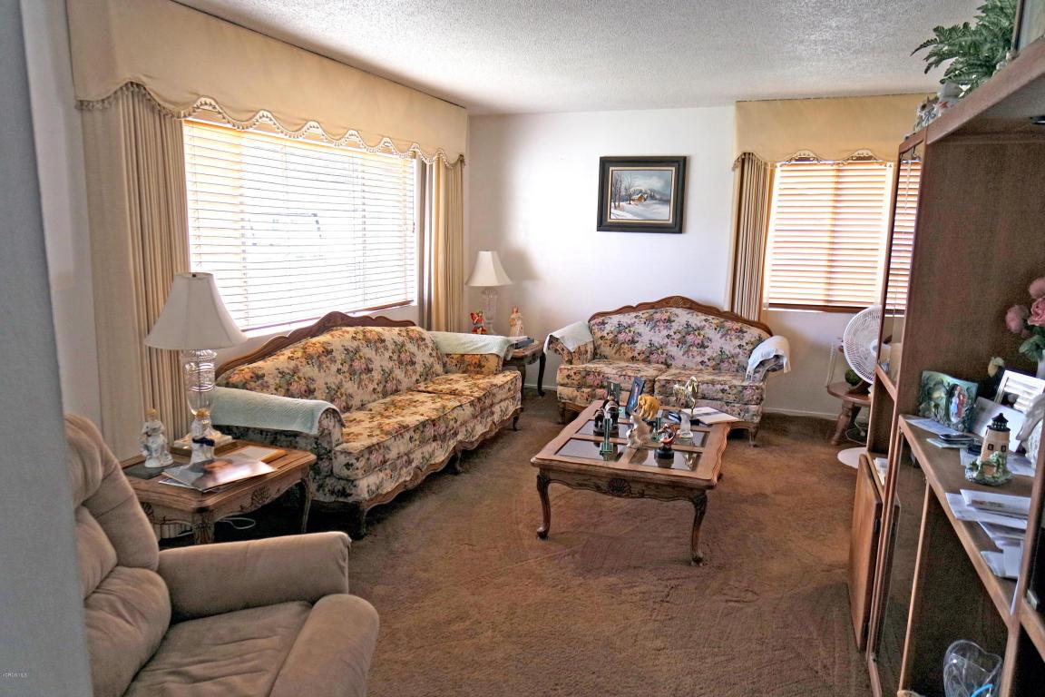 233 Wakeford Street, Santa Paula, CA 93060