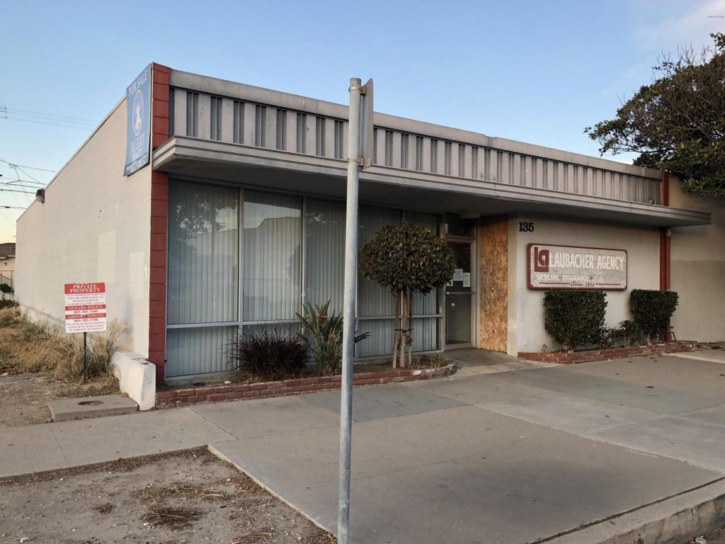135 Magnolia Avenue, Oxnard, CA 93030