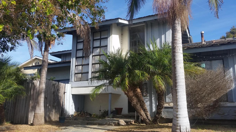 1820 Adelaide Court, Oxnard, CA 93035