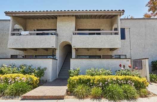 25035 Peachland Avenue, Newhall, CA 91321