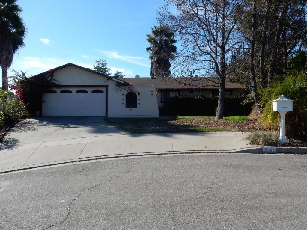 541 Thomas Street, Oak View, CA 93022