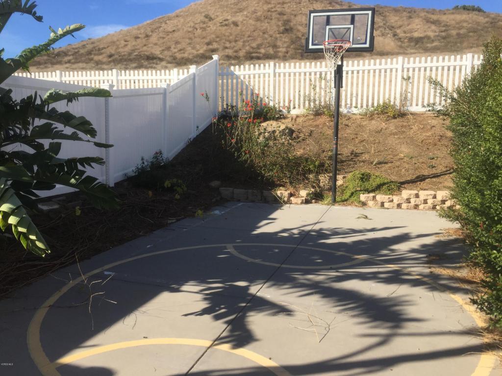 403 Algonquin Drive, Simi Valley, CA 93065