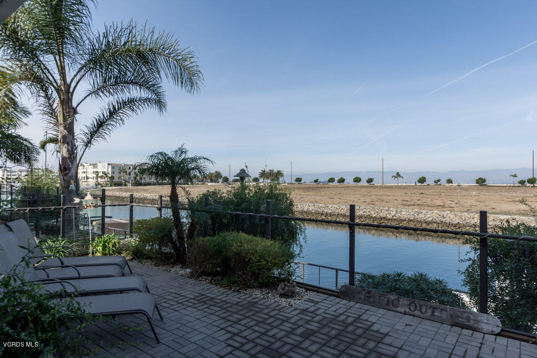 4101 Adriatic Street, Oxnard, CA 93035