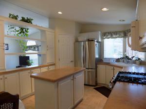 46 Magnolia Drive, Ventura, CA 93001