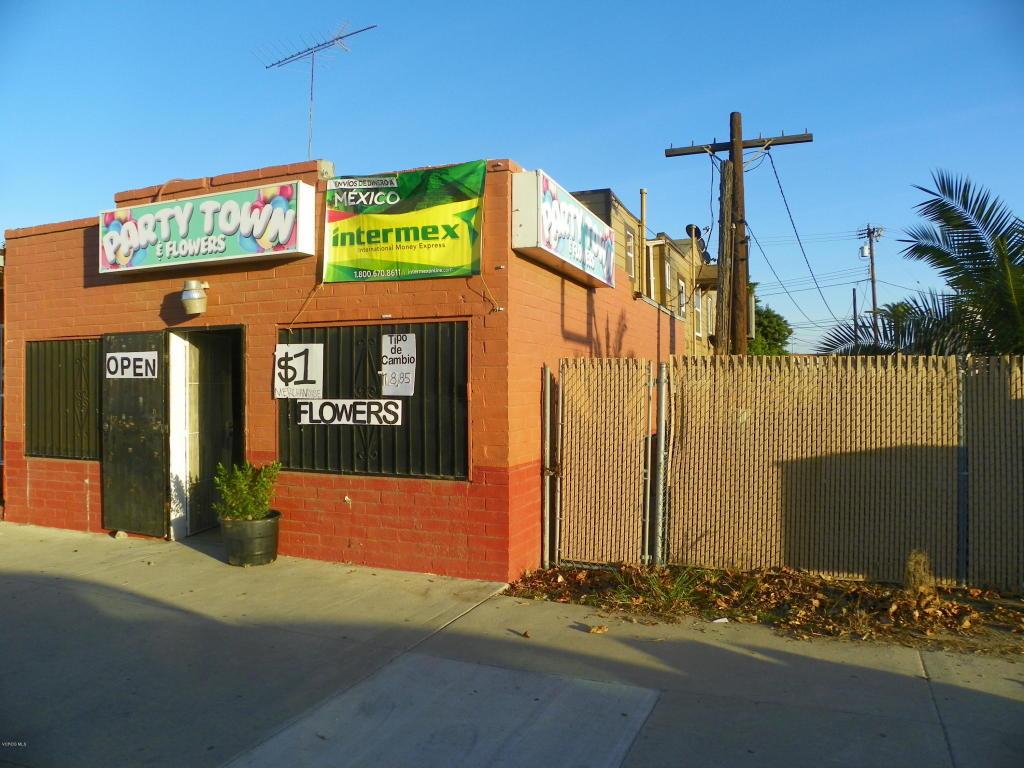 Violeta Street, Ventura, CA 93004