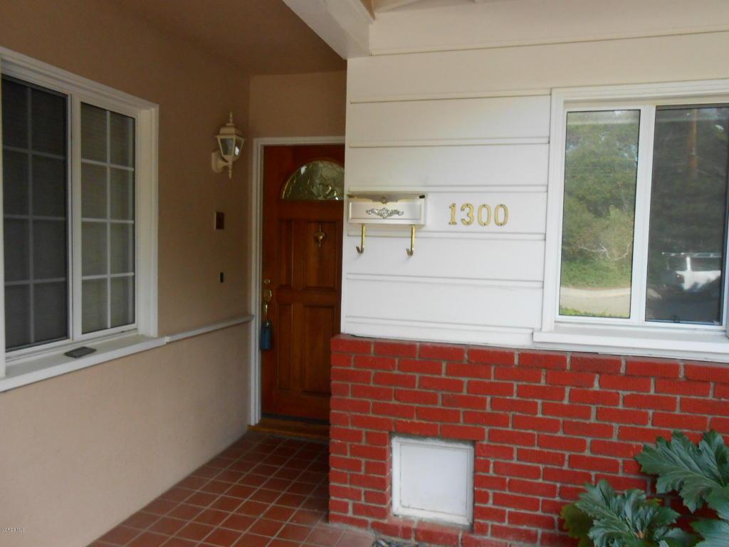 1300 Mariposa Drive, Santa Paula, CA 93060