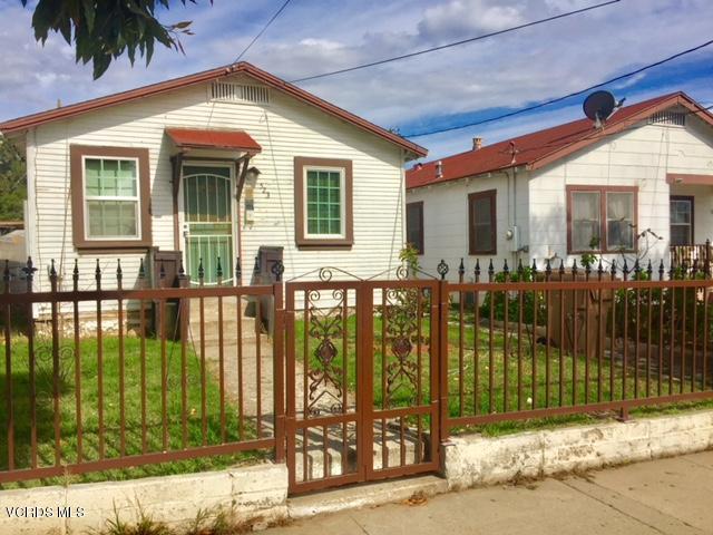 521-523 N Oak Street, Santa Paula, CA 93060
