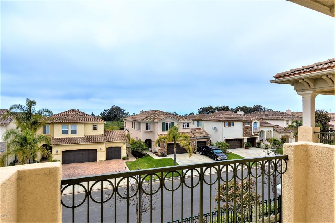 1313 Bayside Circle, Oxnard, CA 93035