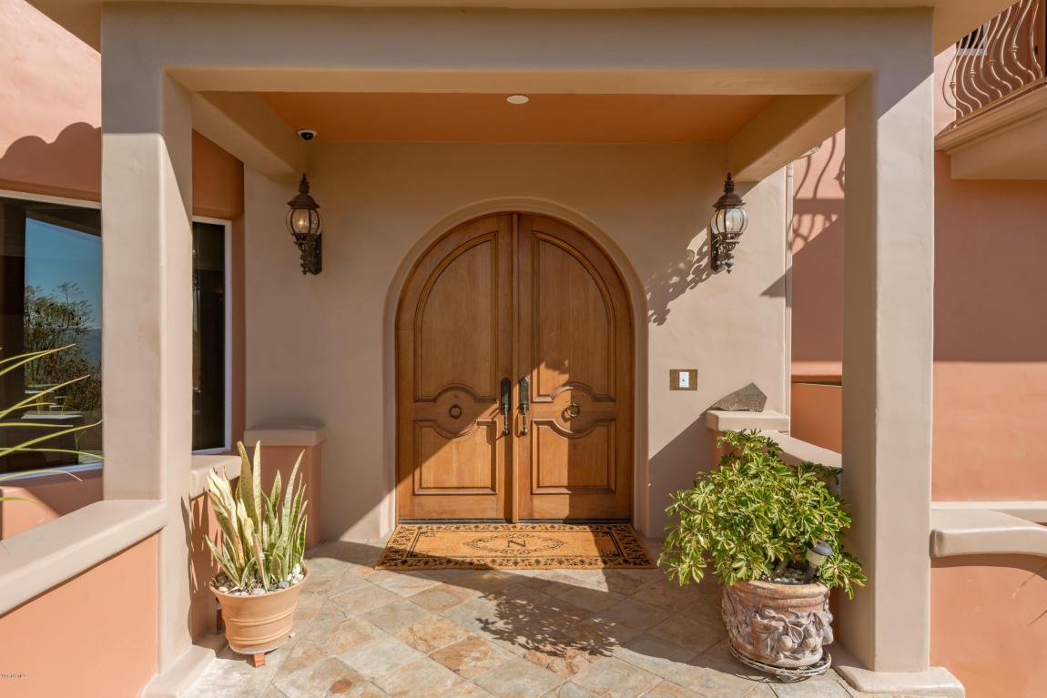405 Monte Vista Drive, Santa Paula, CA 93060