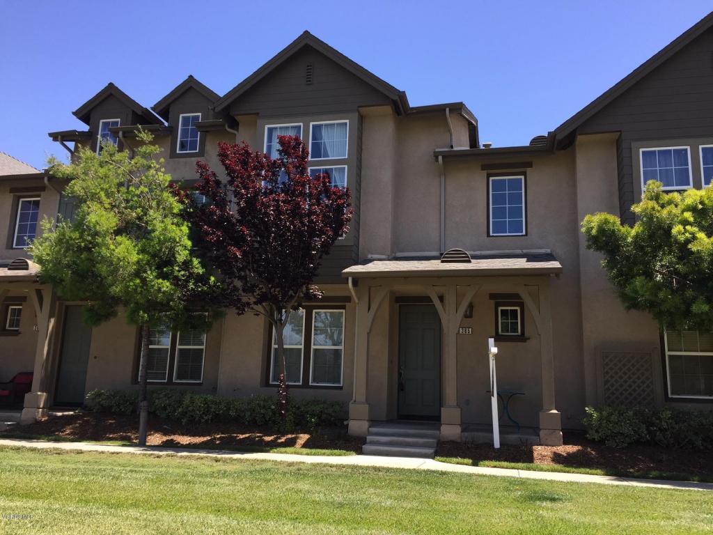 365 Feather River Place, Oxnard, CA 93036