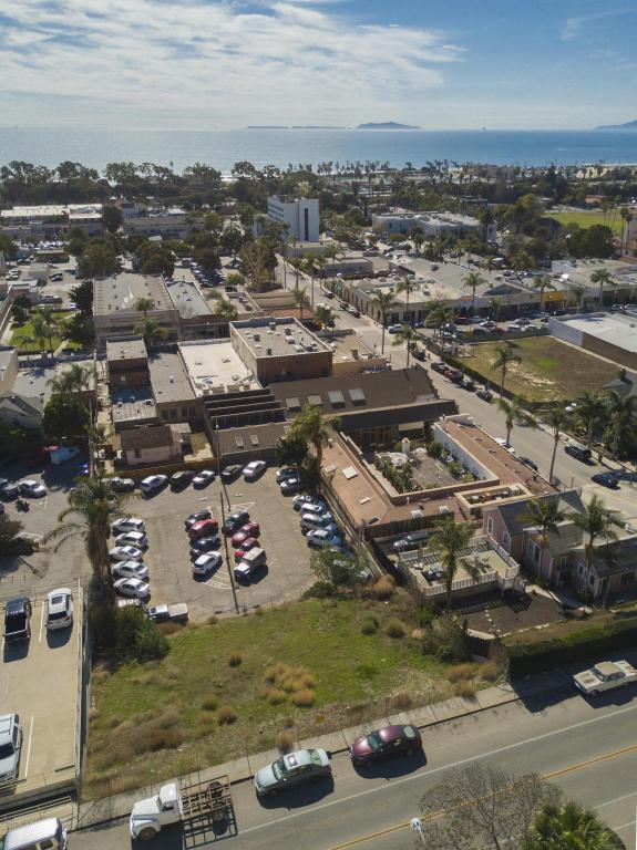 330 Poli Street, Ventura, CA 93001