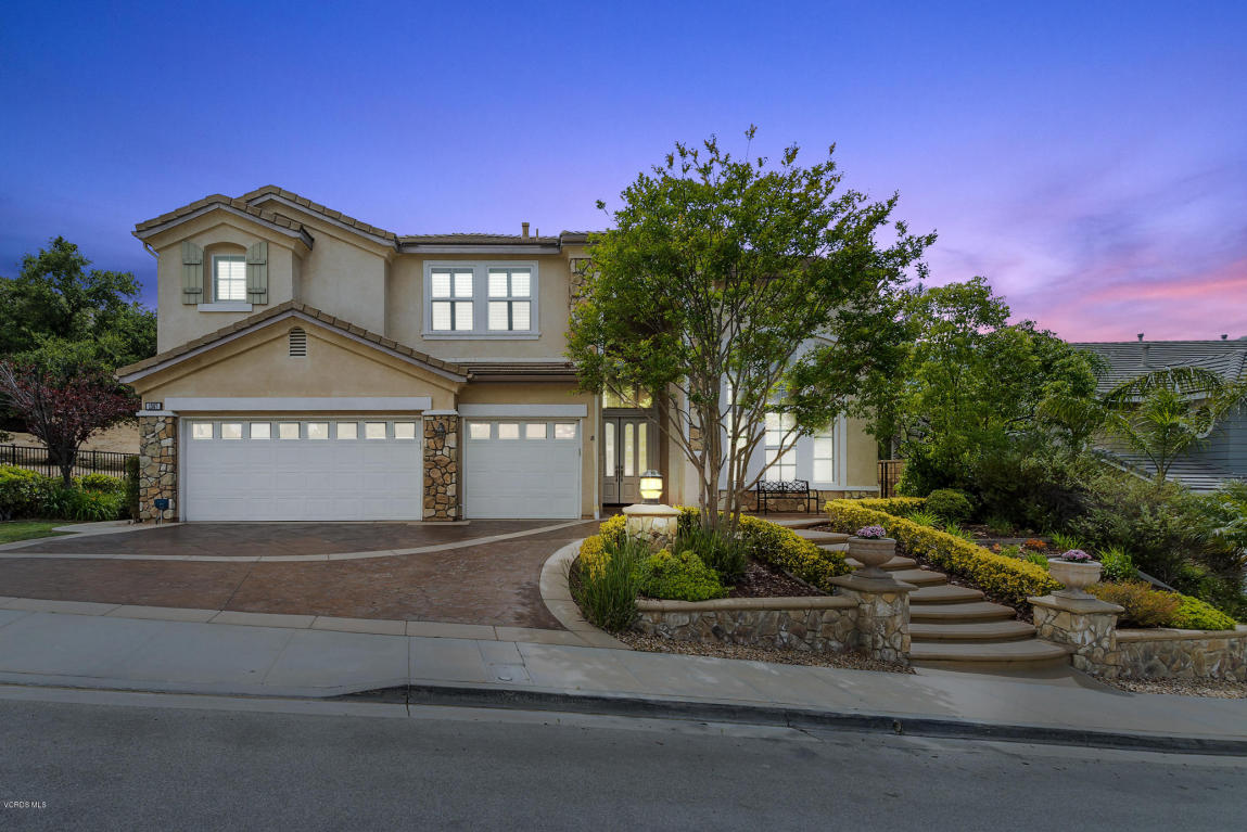 1307 Vintage Oak Street, Simi Valley, CA 93063