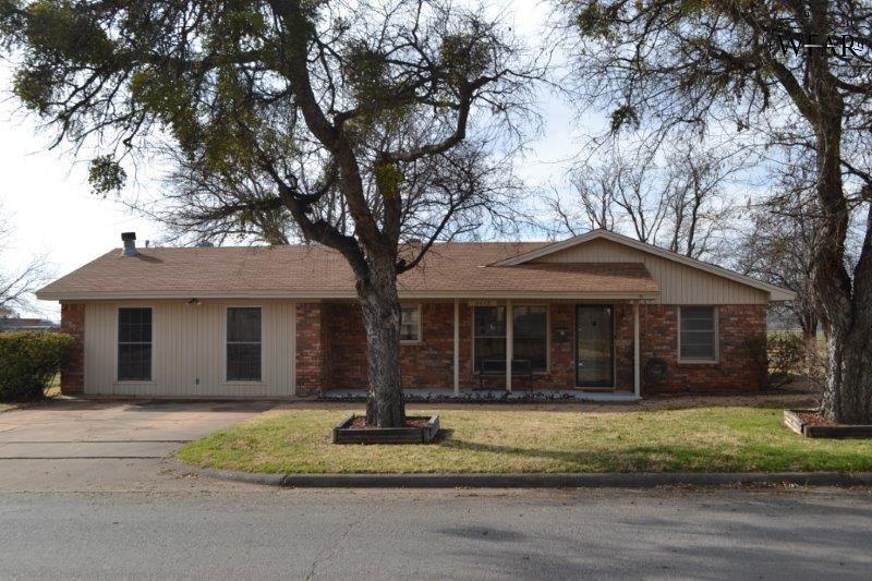 4612 Mistletoe Drive, Wichita Falls, TX 76310