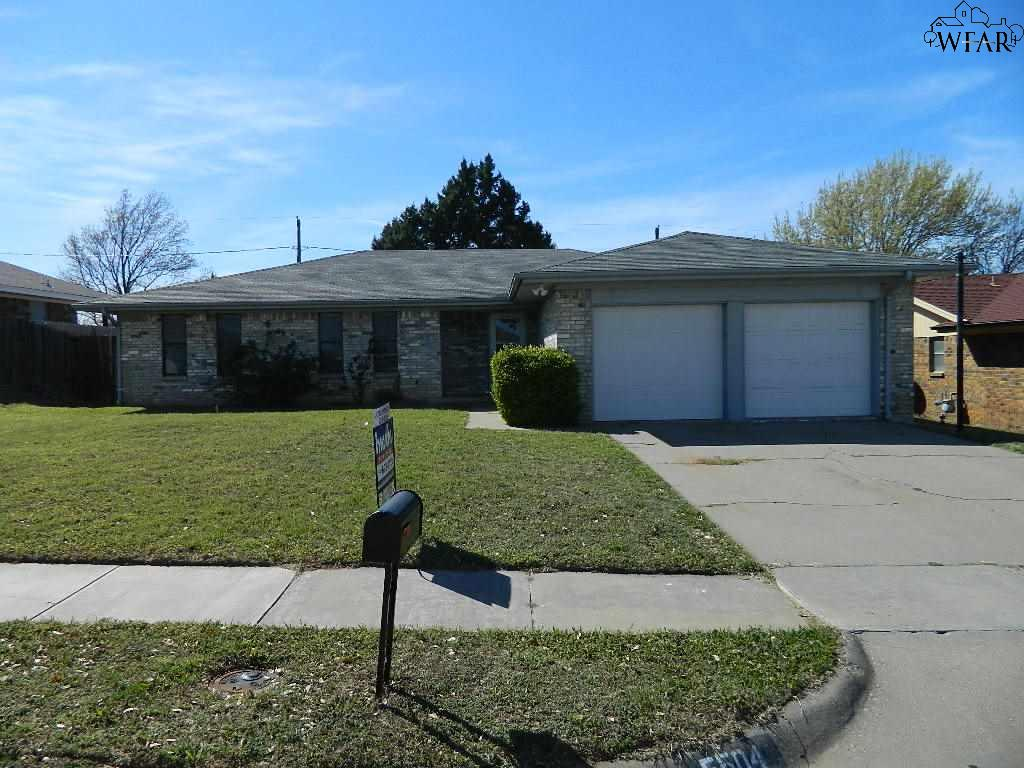 5504 Greentree Avenue, Wichita Falls, TX 76306