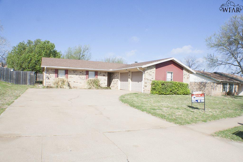 12 Lackland Circle, Wichita Falls, TX 76306