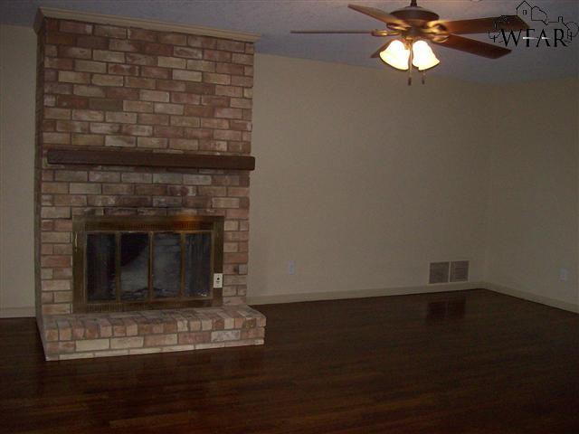 4528 Woodcrest Circle, Wichita Falls, TX 76309
