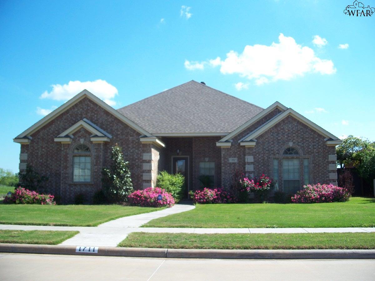 1711 Shoal Creek Drive, Wichita Falls, TX 76310