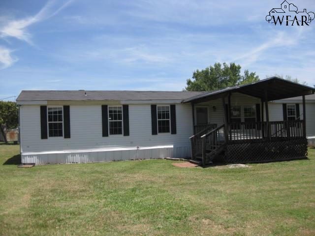 108 W Chestnut, Iowa Park, TX 76367