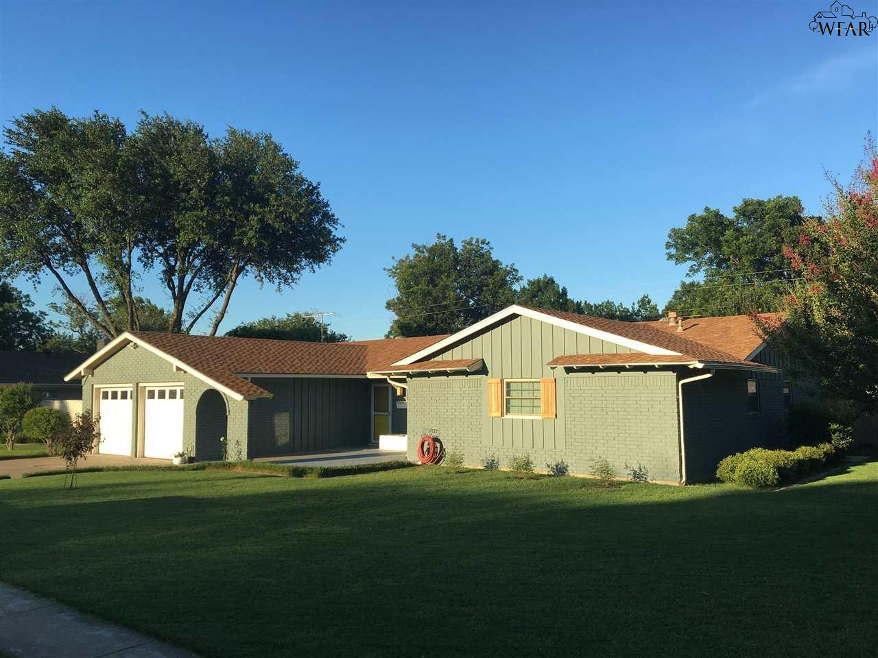 911 Easy Street, Burkburnett, TX 76354