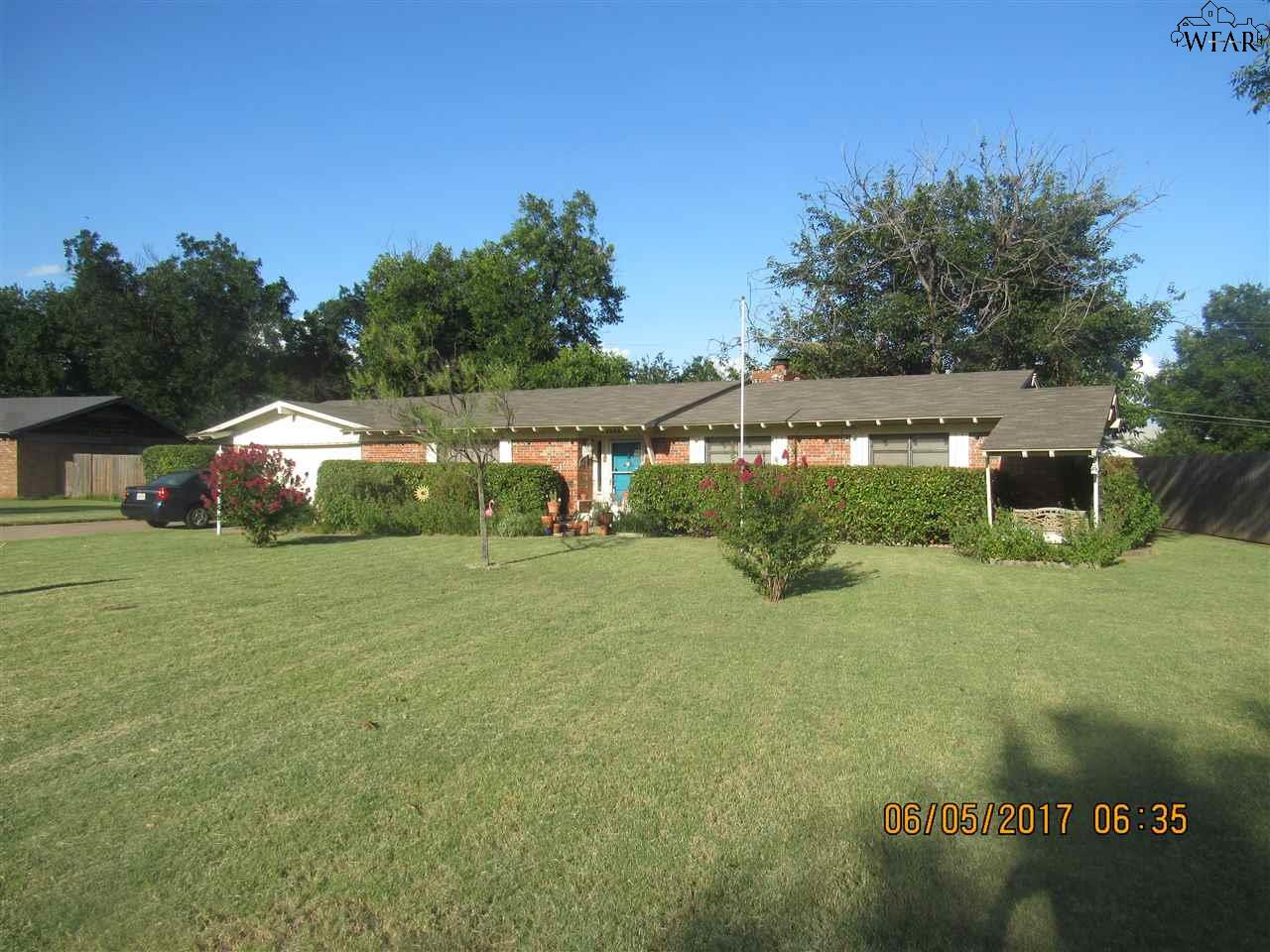 1505 Rita Lane, Iowa Park, TX 76367