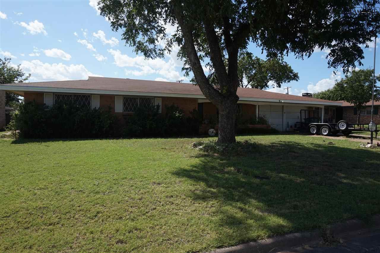 1604 Karen Lane, Iowa Park, TX 76367
