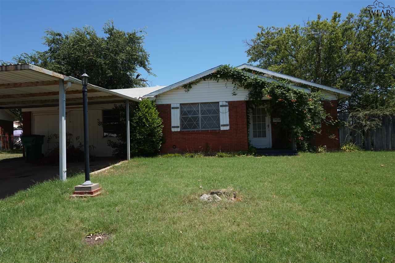 103 Wood Circle, Iowa Park, TX 76367